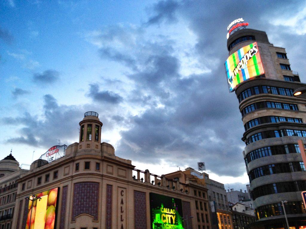 Madrid's crowded shopping street, Gran Vía.