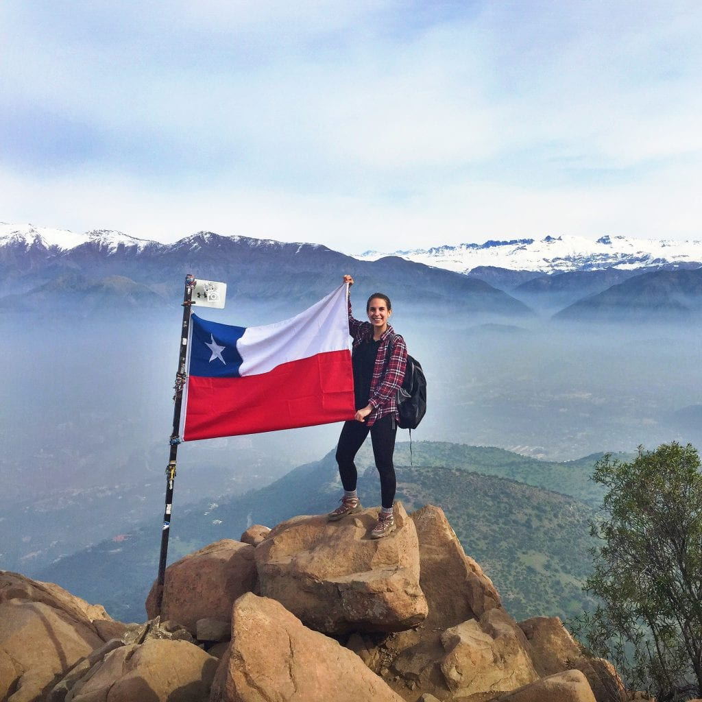 The perfect photo opt with the Chilean flag at the top of Cerro Manquehue.